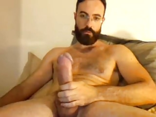 Sexy bearded str8 cums handsfree 11...