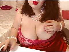 Free Live Sex Chat with BustyViolet d46