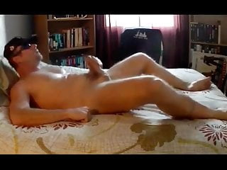 سکس گی Hot Man Jerk off in small Bed - Huge LOAD masturbation  hot gay (gay) hd videos gay men (gay) gay jerking (gay) gay jerk off (gay) gay daddy (gay) gay cumshot (gay) daddy  big cock  bear  american (gay) amateur