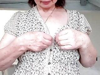 willst du nicht ein wenig mit mir  spielen  Porn Videos