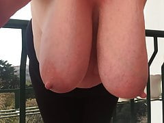 Chris44g heavy hanging breasts