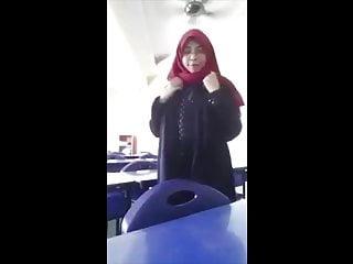 BLACKPINK – Kill This Admire (Malaysia Boleh)