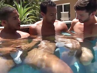 Hot Tub 3-Way
