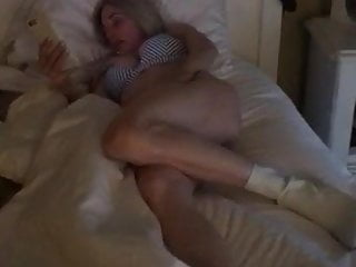 Say Hellow Whore 92- in Bed Tit Webslut Masturbates Big