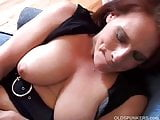 Gorgeous mature amateur has big sexy boobs and a nice juicy