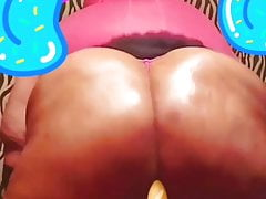 Big juicy black booty here to drain you