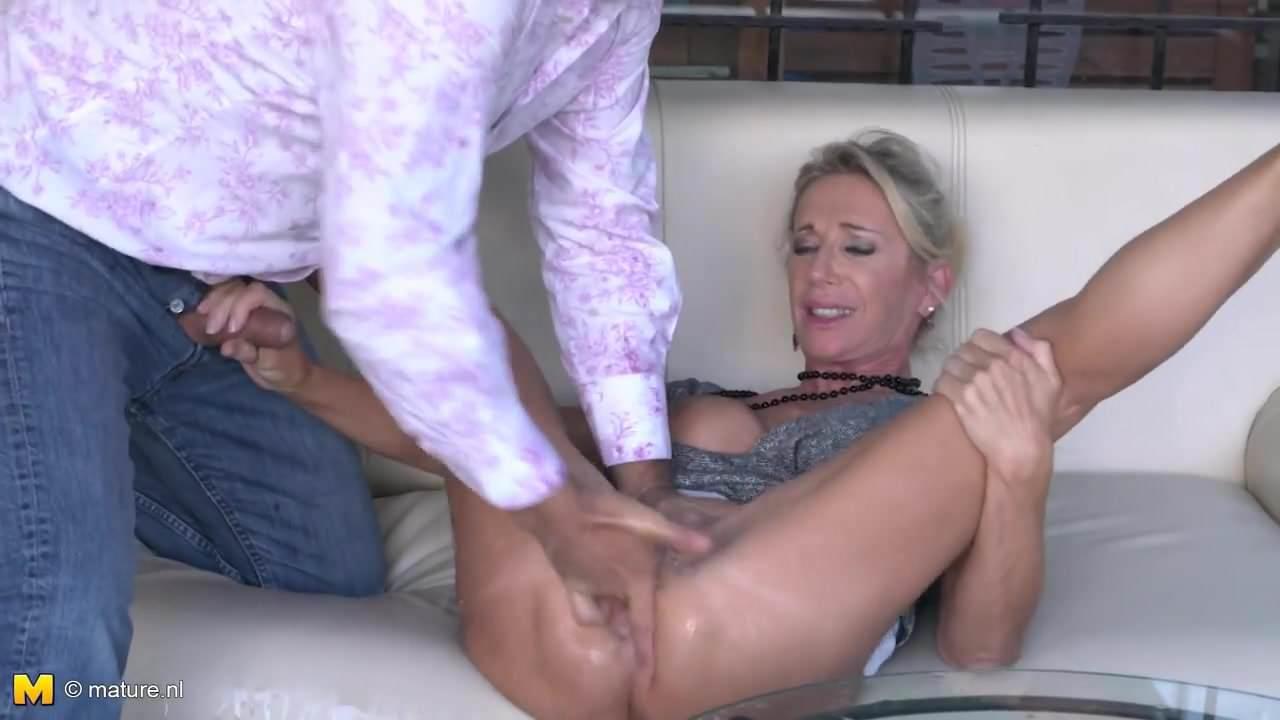 Mature Amateur Homemade Orgasm