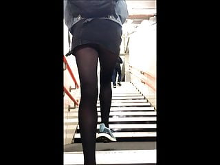 Candid Beautiful teen Intern Miniskirt Upskirt