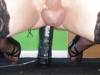 dildo sissylinzee in bbc rides and cums heels hard