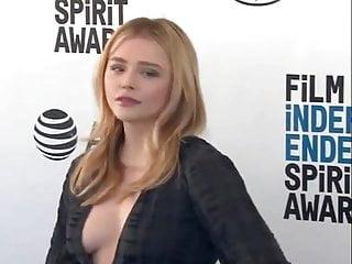 Chloe Sideboob