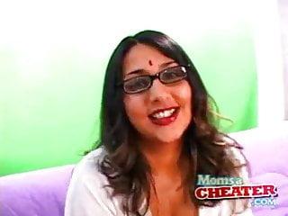 Cuckold Indian Milf video: Rita Patel Cheating Indian Mom