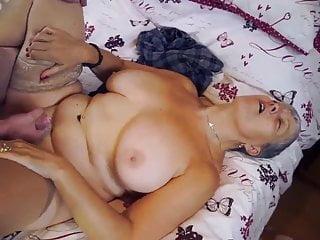 Mature tigger loves sex cock...