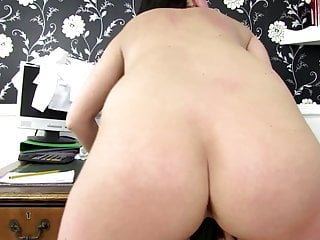 Sexy mature mother with hungry ass hole
