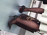 Sizzling Video-candid black pantyhose2