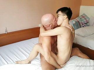 Big cock Daddy bareback Asian twink