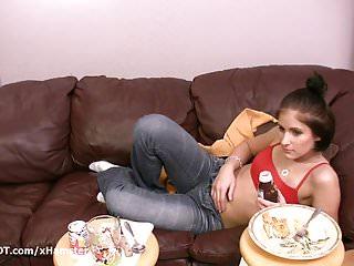 Amateur porn girl eating food before fucking boyfriend...
