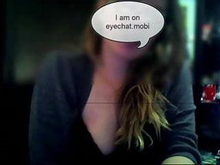 Girl masturbating on webcam