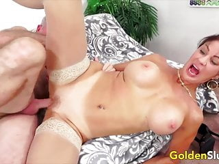 Golden Whore – Pounding Older Pussies Compilation Half 1