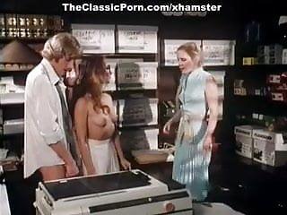 Annette haven lisa de leeuw veronica hart porn...