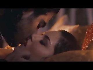Sunny leone sexy hot romantic unbleavable scene 18+