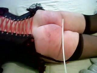 Scottish slut takes 30 with nylon cane!