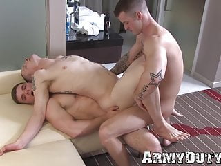 Horny soldiers pounding raw and sucking each others cocks