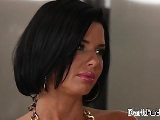 Mom got assfucked by her black stepson – Veronica Avluv