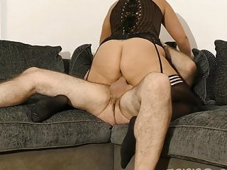 Sara Banks Uk Amateur Fucked With Bald Pussy Wide Open