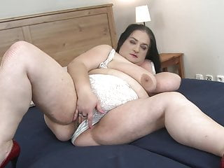 SO BIG mature bbw sexbomb with hungry pussy