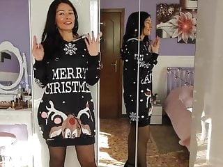 Sexy Italian vlogger tries black pantyhose