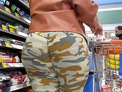 camo leggings stacked redbone milf Porn Videos