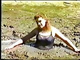 Trapped in quicksand 5