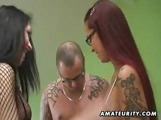 Amateur FFM threesome with lesbian and cumshot