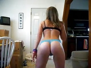 Teen Slut Dancing In Thong
