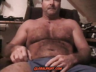 Musclebear Redneck Daddy Bedroom Wanking His Cock