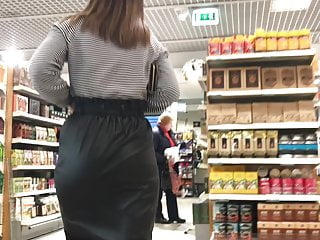 Latvian holidays – Candy anal in leather-based skirt