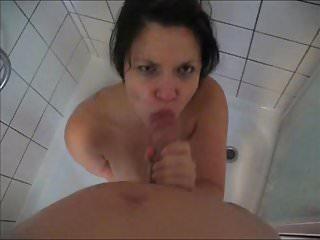 Beim Duschen werde ich immer schwanzgeil