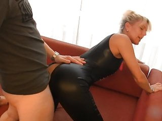 Blonde Milf fucking Young Photographer