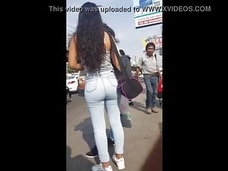 curly teen ass on bus stop