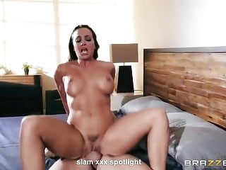 spot light - real orgasm - babe body shaking orgasmporno videos