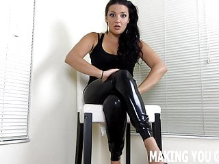 Suck this thicc foot lengthy dick