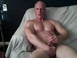Daddy rubs...