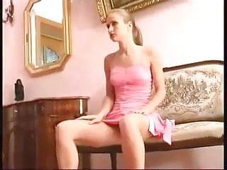 Nice Girls Upskirts