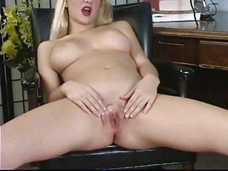 Solo blonde...