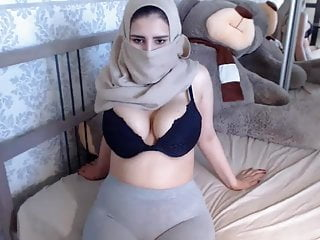 Desi paki boobs ass shows pussy butthole cam...