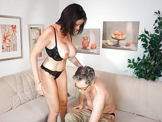 AmateurEuro – Big Tits MILF Wife Dacada Goes Hardcore On Cam