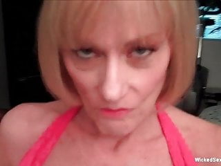 Blowjob Facial Mature video: Only My Grandma Can Suck Balls Like This