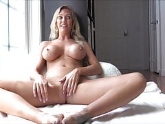 american milfs masturbate and fuck daily - janellefree full porn