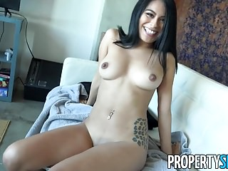 PropertySex – Sofa browsing feminine receives good thing about host