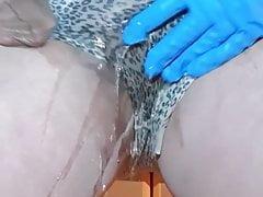 Peeing in Pantys